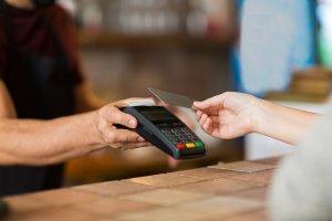 Con las Tarjetas de crédito de Coopealianza – Viaje al extranjero con tranquilidad